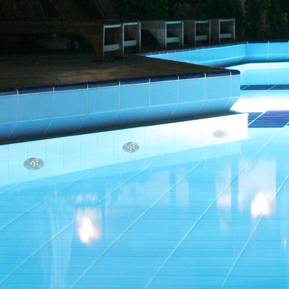 Spot encastrable edel led pour piscine faro for Spot de piscine