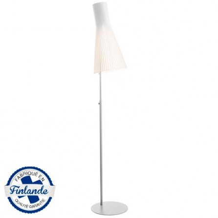 lampadaire secto 4210 bois blanc secto design. Black Bedroom Furniture Sets. Home Design Ideas