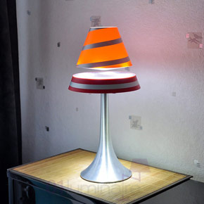 Lampe anti gravité Althuria rouge Magneticland